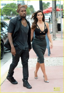 Kim Kardashian And Kanye West Have Dinner Date In Miami